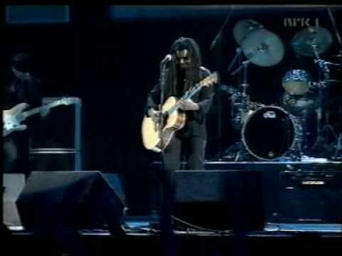 Tracy Chapman - Fast Car:歌詞+中文翻譯