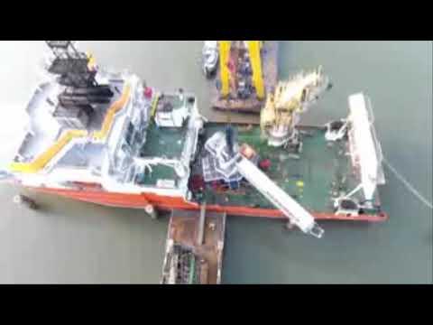 Installation Safeway Gangway on Offshore Vessel