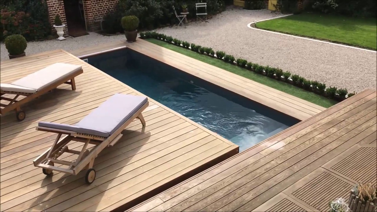 terrasse mobile coulissante de piscine un rolling deck en un module ouverture lat ral youtube. Black Bedroom Furniture Sets. Home Design Ideas