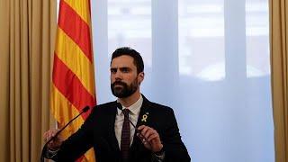 Roger Torrent aplaza la investidura y mantiene la candidatura de Puigdemont