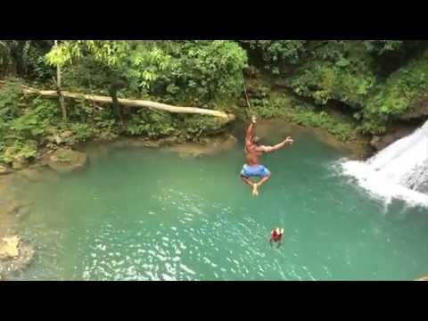The Blue Hole in JAMAICA (Cliff jumping)
