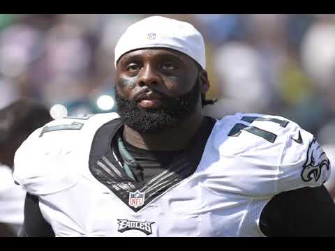 Jason Peters carted off with leg injury