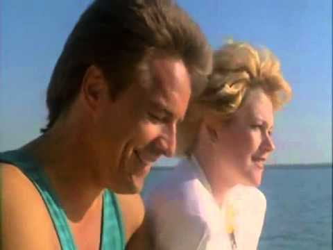 Miami Vice - Melanie Griffith, Sonny Crockett