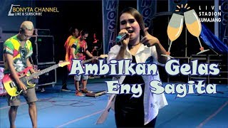 Download Video Ambilkan Gelas ( Versi Jandhut New Scorpio ) Eny Sagita Live Lumajang MP3 3GP MP4