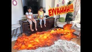 THE FLOOR IS LAVA CHALLENGE! (Yerde Alevli Lavlar)Eğlenceli Aile Viedeosu