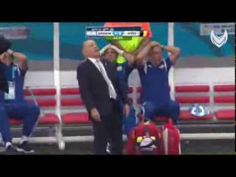 Argentina coach fall to sleep I
