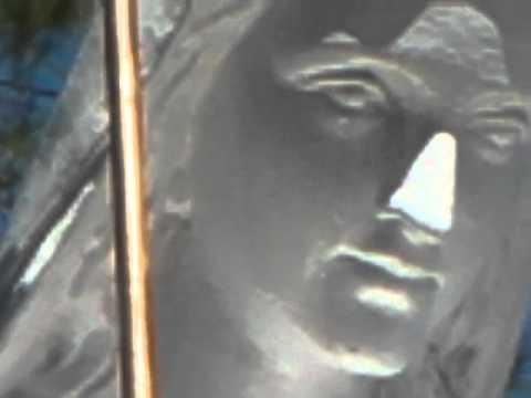 Đức Mẹ khóc -- Nhà thờ Văn Hiệp, Long An