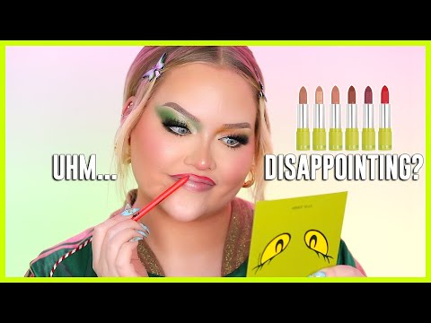 Kylie Will Hate Me For This… KYLIE X GRINCH REVIEW   NikkieTutorials - Видео онлайн