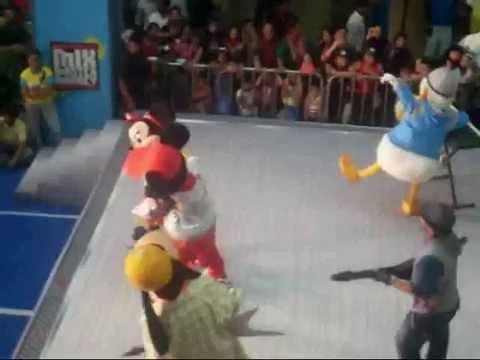 Jainam attend Disney Kids Event at Oberoi Mall