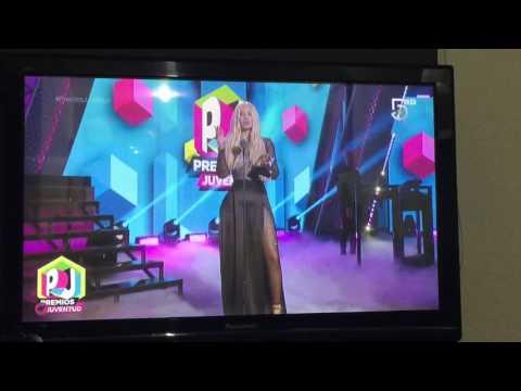 """MI AMIGO MALUMA"" Iggy Azalea presenta a Maluma en los Premios Juventud PT2"