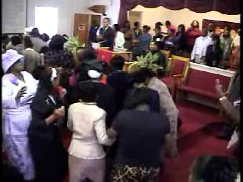Praise Moment @ Da MAg  After Niesha Hinds Sings There Nobod