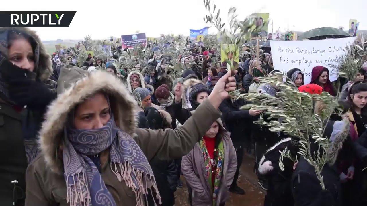 سوريا.. آلاف النازحين من عفرين يتظاهرون في الذكرى الثالثة للعملية العسكرية التركية  - 11:58-2021 / 1 / 22