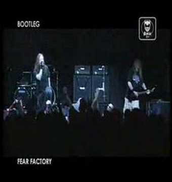 Fear Factory - 540 000 Degrees Fahrenheit LIVE