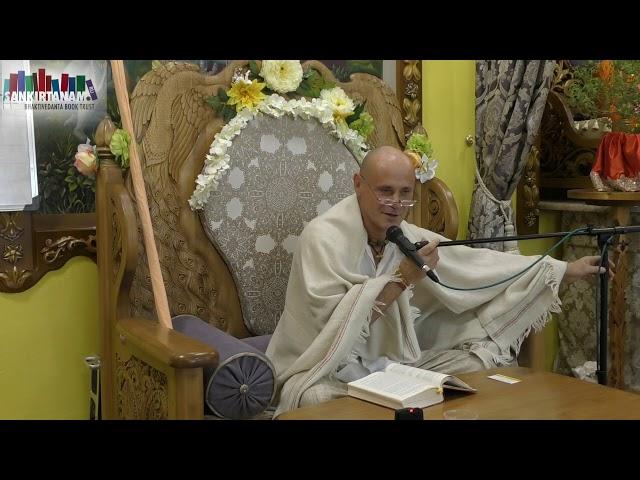 Лекция Кришна Баларам прабху на фестивале санкиртаны в Казани