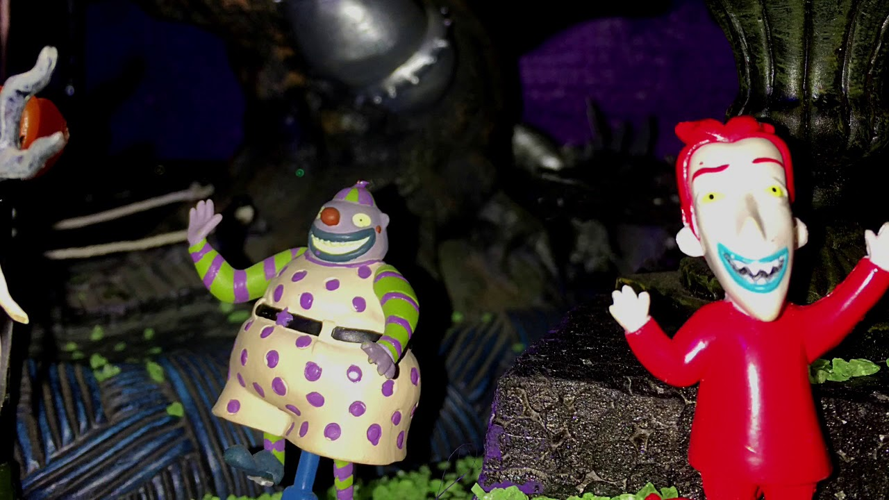 Rosie\'s Nightmare Before Christmas Village 2017 - YouTube