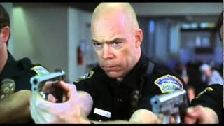 مستر بن في المطار - Disaster movie