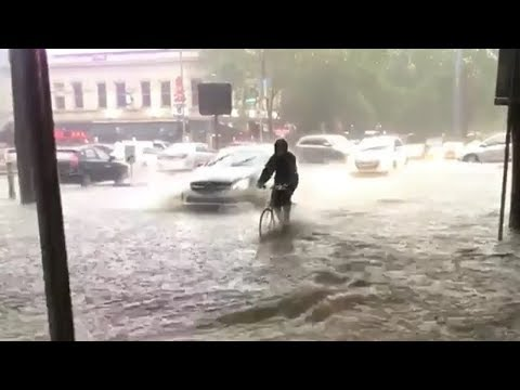 Meanwhile its Heavy Rains & Flooding in Melbourne (Dec 14, 2018)