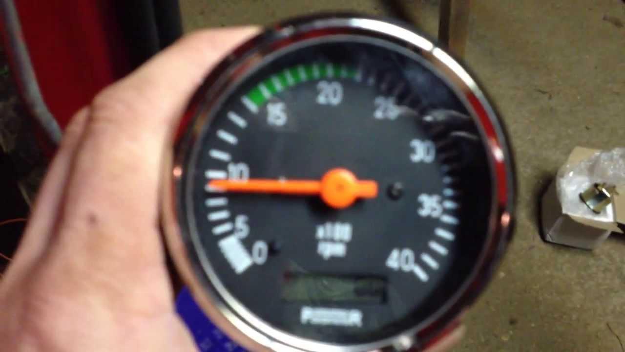 Электронные тахометры от компании kelilong. Профессиональные тахометры для измерения скорости вращения агрегатов и вращающихся элементов.