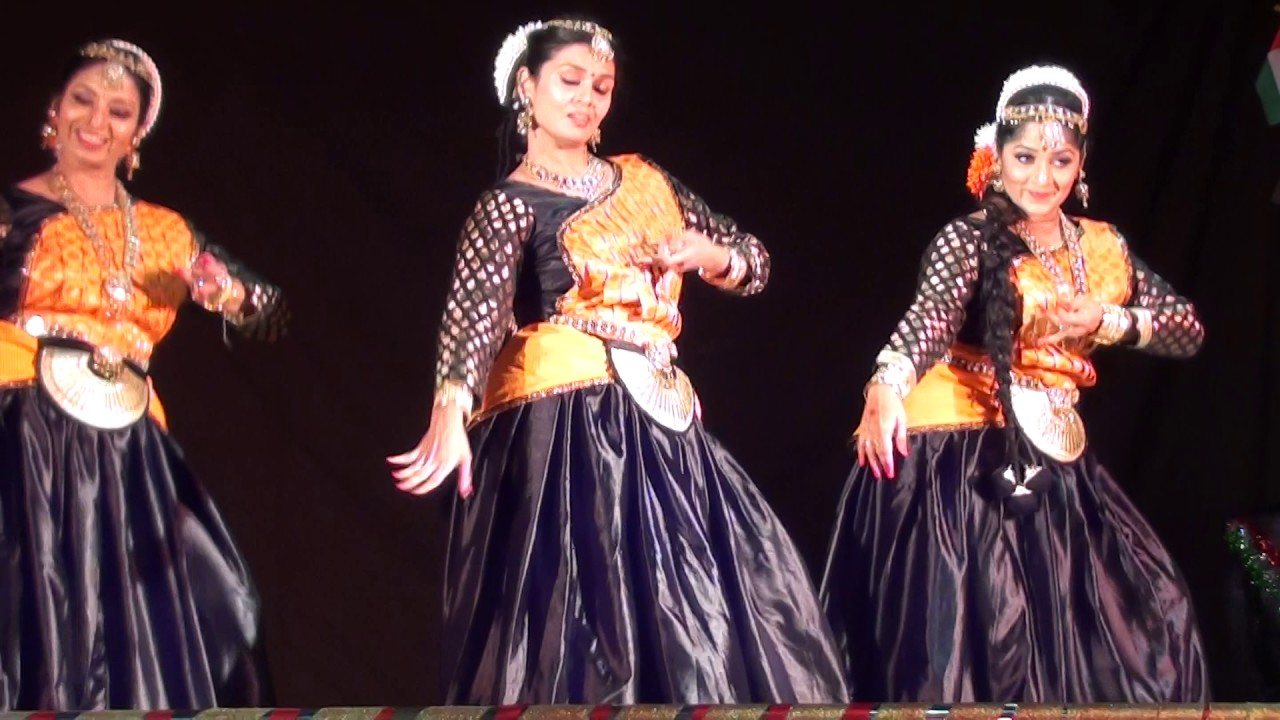 ebc261f54114 Semi Classical Dance Performance - Narumughaye - YouTube