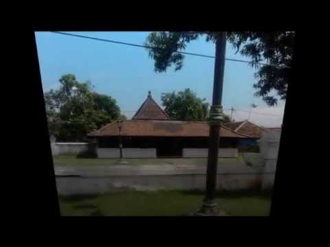 Keraton Kasepuhan - Indonesia amazing place tour