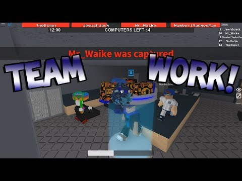 TEAM WORK! [Flee the Facility ROBLOX]