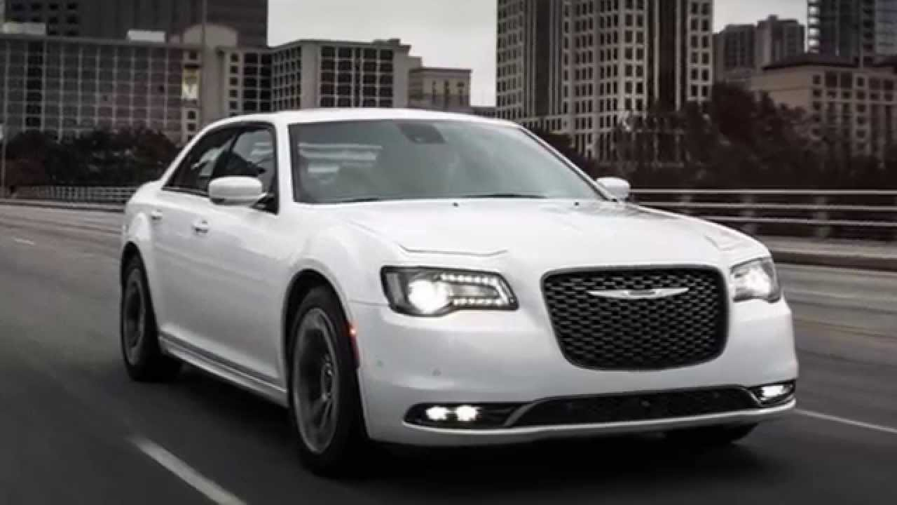 2015 chrysler 300 vs 2015 dodge charger rt youtube. Black Bedroom Furniture Sets. Home Design Ideas