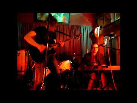 Dead Nouveau live at The Garnet