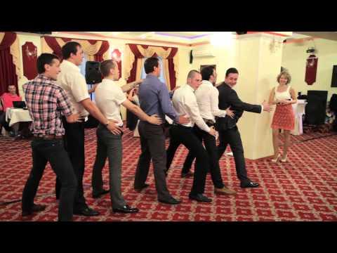 Подарок от друзей. Свадьба - Видео с YouTube на компьютер, мобильный, android, ios