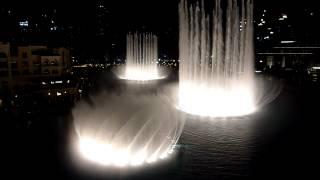 Dubai Fountain performing to Bijan Mortazavi - Waves (Amvaj)