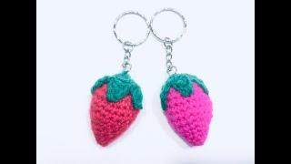 Как вязать ягодку-клубничку брелок крючком  /How to Knit a Strawberry Berry Keychain