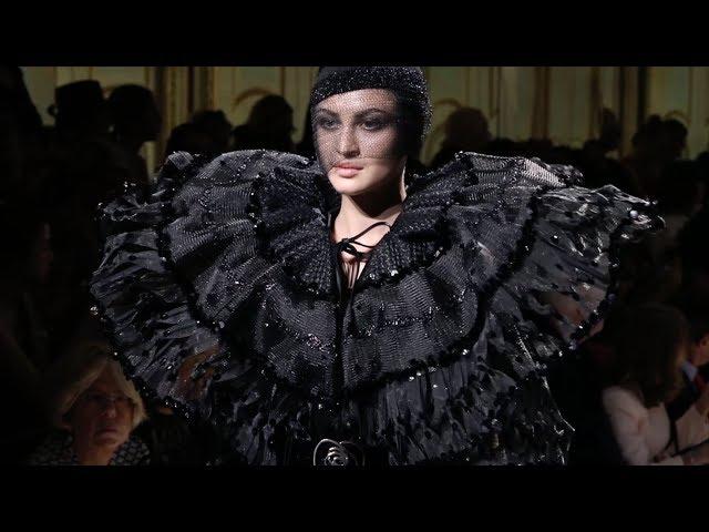 Giorgio Armani Privé - 2017/2018 Fall Winter - Women's Couture Show Behind the Scenes