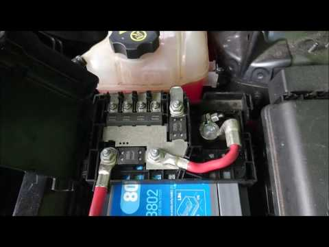 car battery replacement very easy youtube. Black Bedroom Furniture Sets. Home Design Ideas