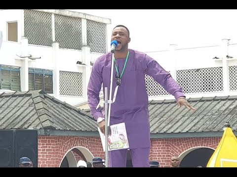 Odunlade Adekola Entertains At Ooni Of Ife Palace As People Storms In From UK,USA &Other For Olojo