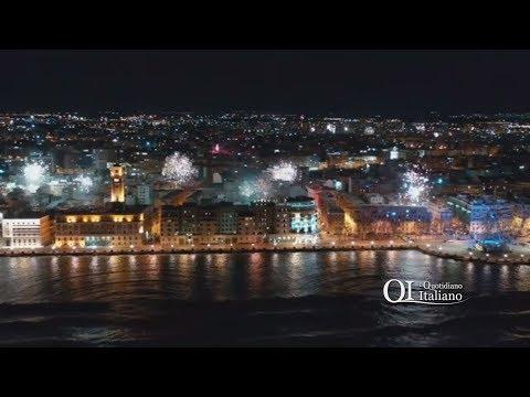 Bari, Capondanno 2019 visto dal drone: a mezzanotte  impietosa meraviglia