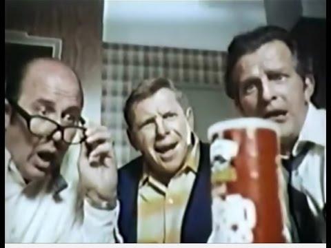 Pringles Potato Chips 'Poker' Commercial (1973)