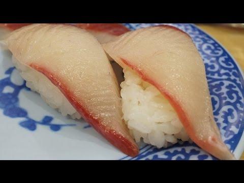 """無添 くら寿司 """"Muten-Kura-Sushi"""" The Belt-conveyor sushi."""