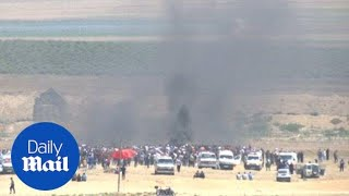 Israeli forces fire bullets and tear gas at Gaza protest
