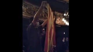 Interrumpen a gritos a Sánchez en Barcelona
