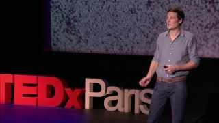 400,000 galaxies, et toi et moi, au centre de l'univers: Christophe Galfard at TEDxParis