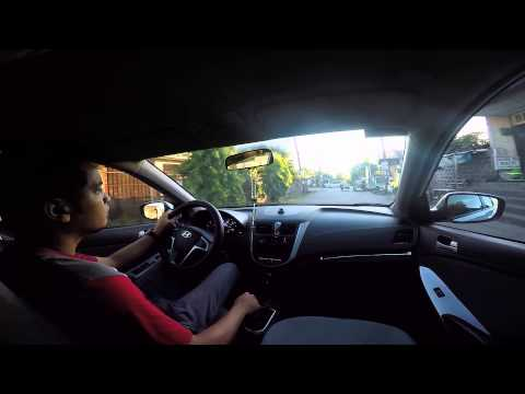 driving hyundai accent hatchback 2013