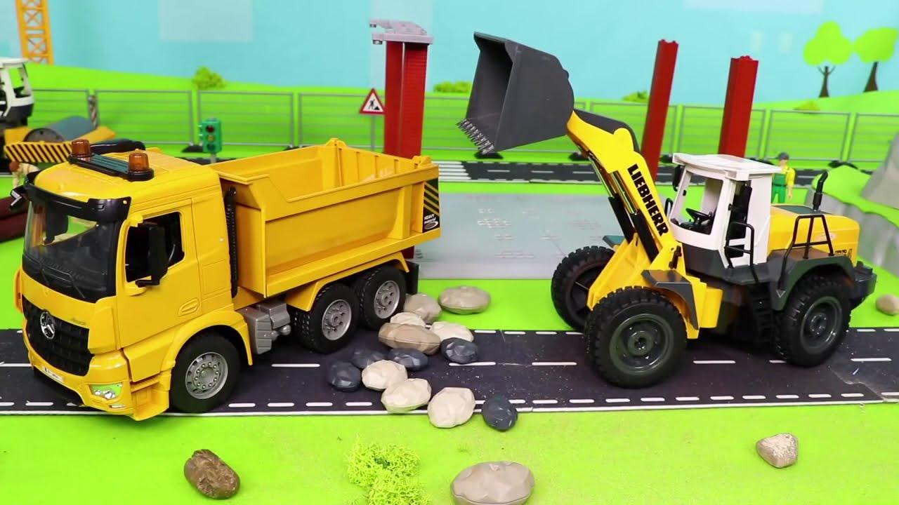 Arabalar çizgi film, Ekskavatör ve Yeni, Traktör  - Itfaiyeci oyuncak - Fire Truck Toys for kids