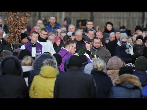 Uroczystości pogrzebowe w Koszalinie - Przemowa, Pożegnanie, Śpiew Wiktorii