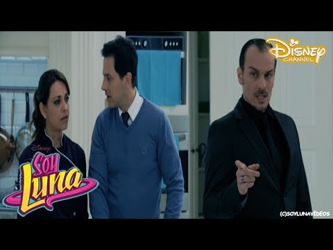 Soy Luna 2 - Rey Les Dice A Monica & A Miguel Que Luna Es Sol Benson [Blooper]