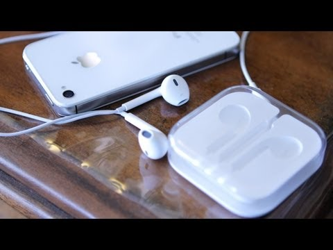 new-apple-earpods-for-iphone-5-unboxing-&-review