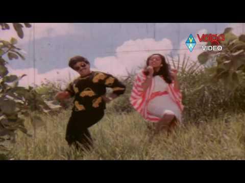Manchi Donga Movie Songs - Mudde Pettamantava - Chiranjeevi Suhasini