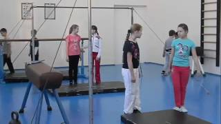 Черкасская школа  Урок физкультуры