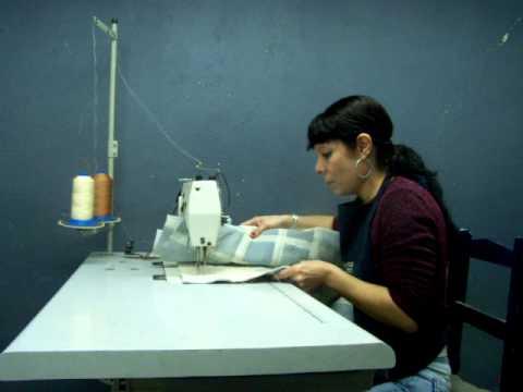 Alfombras trabajando con cuero de pelo youtube for Alfombras de cuero