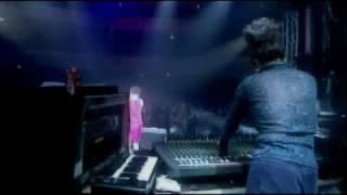Björk - Enjoy (Live at Shepherds Bush Empire) [Sub Español]