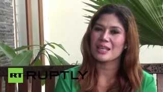 Indonesia: Buy a house, get a WIFE! Bungalow bride offers her hand for home