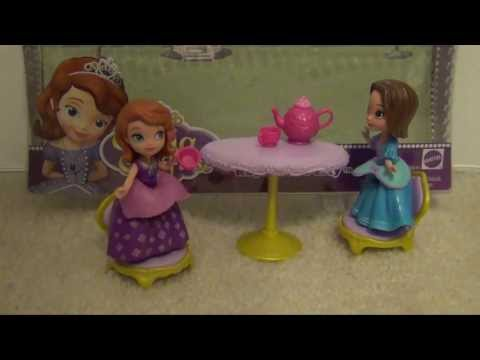 SOFIA THE FIRST Royal Teal Party Playset Review